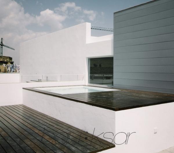 Alquiler de temporada atico con piscina sevilla for Piscina atico