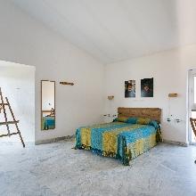 Dormitorio matrimonio + sofa cama 80 cm.
