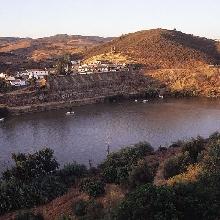 Vista poblado desde Portugal